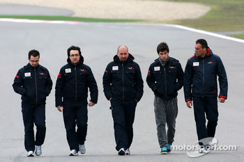 Jaime Alguersuari, Scuderia Toro Rosso walks the circuit