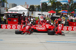 Dario Franchitti, Target Chip Ganassi Racing makes a pitstop