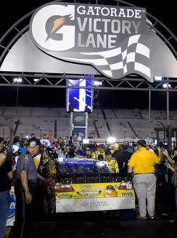 Victory lane: the winning car of Kyle Busch, Joe Gibbs Racing Toyota