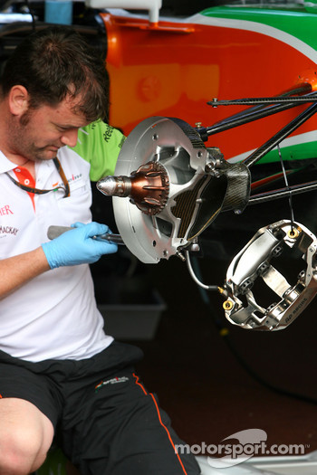Force India F1 Team break system detail