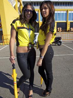 Charming Dunlop girls