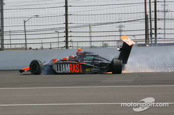 Sebastian Saavedra, Bryan Herta Autosport wrecks in the south short chute