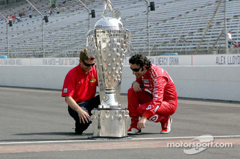 2010 Indianapolis 500 Champion Dario Franchitti, Target Chip Ganassi Racing, 2010 Daytona 500 Winner Jamie McMurray, Earnhardt Ganassi Racing