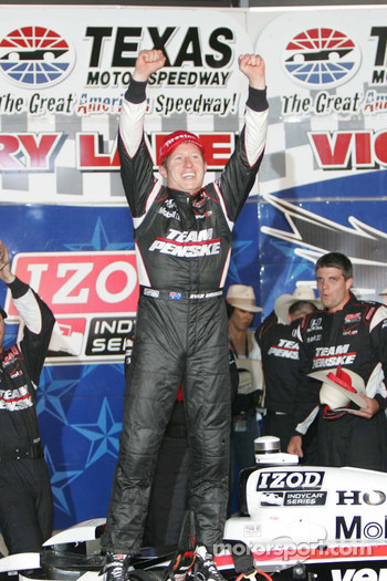 Victory lane: winner Ryan Briscoe, Team Penske celebrates