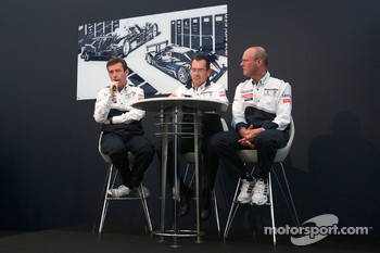 Team Peugeot press conference: Bruno Famin, technical director and Olivier Quesnel, Peugeot Sport director