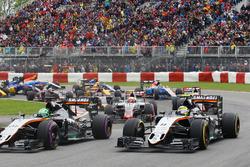 Nico Hulkenberg, Sahara Force India F1 VJM09 and Sergio Perez, Sahara Force India F1 VJM09 at the start of the race