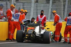 Lewis Hamilton, Mercedes AMG F1 W07 Hybrid crashed out of qualifying