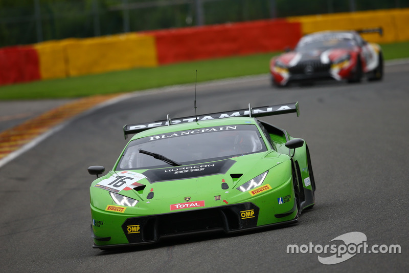 9. #16 GRT Grasser Racing Team, Lamborghini Huracan GT3: Rolf Ineichen, Jeroen Bleekemolen, Mirko Bortolotti