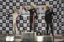 منصة التتويج فورمولا 4 الإماراتيّة