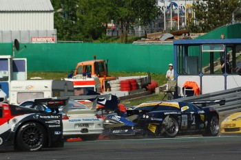 Kenneth Heyer crashes into Tim Bergmeister, ADAC GT Masters Nürburgring 2008