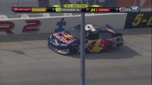 Kahne Goes Into Wall - Dover International Speedway 2011