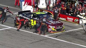 NASCAR Jeff Gordon pit stop troubles | New Hampshire Motor Speedway (2013)