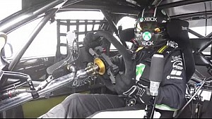 Ambrose tests V8 Supercar at Lakeside