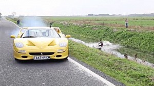 Dragged behind a Ferrari F50 ! Wakeboarding