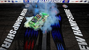 Kyle Busch grabs second consecutive win