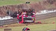 Kadın sürücünün kamyon yarışındaki kazası