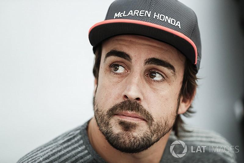 Alonso diz que novo acordo com McLaren é de longo prazo
