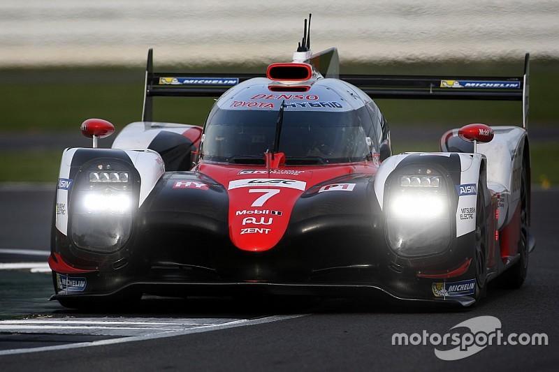 EL1 - Toyota emmène un quatuor regroupé dans la même seconde