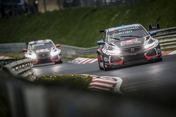 WTCR Nurburgring WTCR: Guerrieri 2018'deki ilk yarışını kazandı