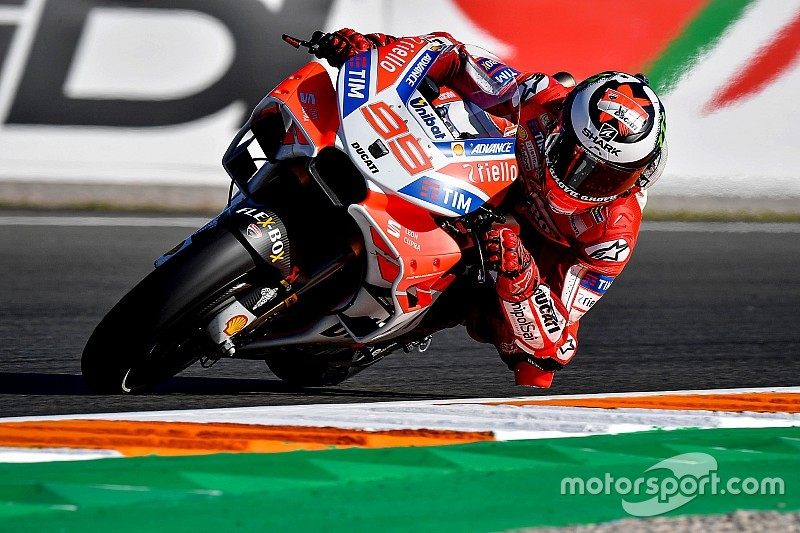 バレンシアGP:初日はロレンソがトップタイム。マルケスはFP2で転倒