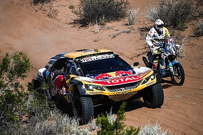 peugeot refugee sainz joins x raid mini for 2019 dakar rally. Black Bedroom Furniture Sets. Home Design Ideas