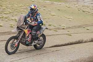 Dakar Stage 10: Van Beveren terjatuh, Walkner memimpin