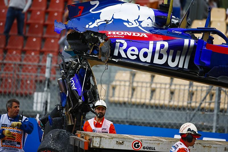 Аварія Хартлі змусила Toro Rosso замінити всі компоненти мотора Honda