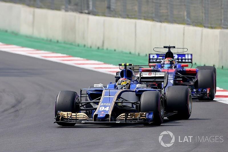 """Wehrlein procura resolver """"problema estranho"""" em seu Sauber"""