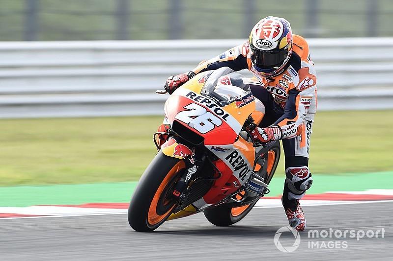 MotoGP, Motegi, Libere 2: Pedrosa comanda grazie all'azzardo delle slick nel finale