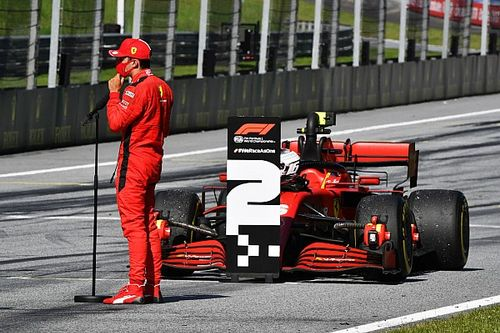 Binotto: Ferrari no debería pelear contra McLaren y Racing Point