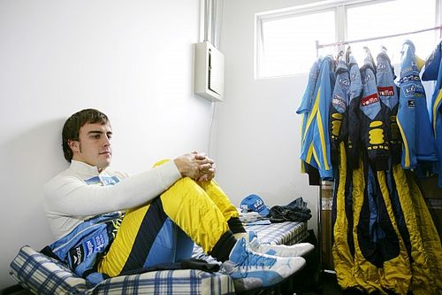 F1: Alonso pode quebrar múltiplas marcas, caso volta seja bem-sucedida