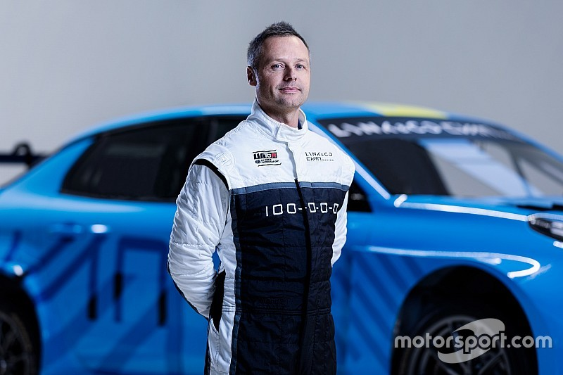 Three-time champion Priaulx makes World Touring Car return