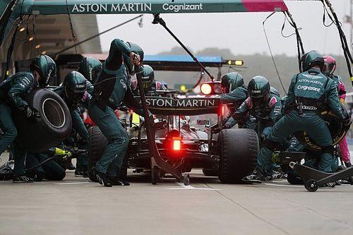 В Aston Martin объяснили странный пит-стоп Феттеля