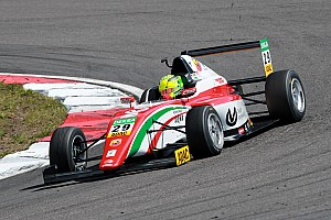 Formel 4 Vorschau Mick Schumacher: Meisterschaftskampf ist noch nicht vorbei