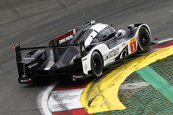 Mexico WEC: Porsche sets early pace, Toyota hits crash setback