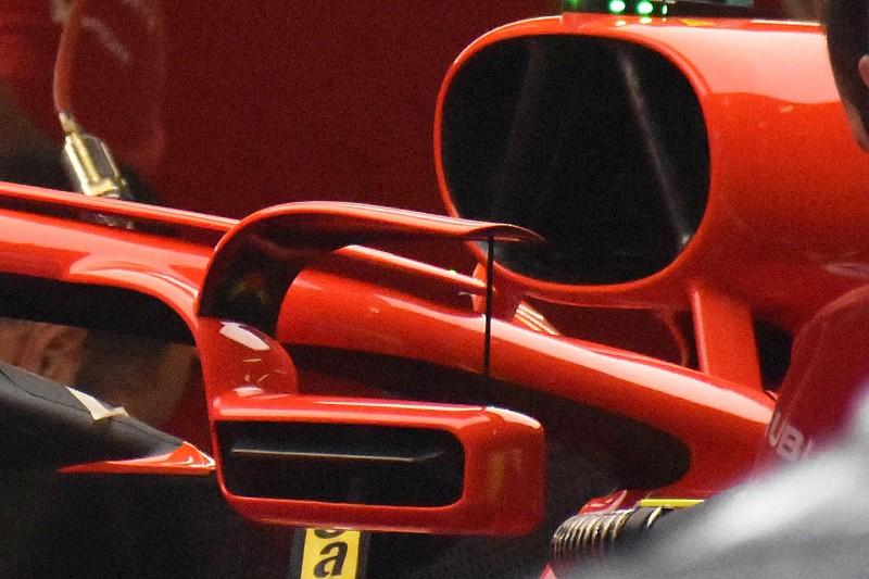 Ferrari на Гран Прі Іспанії встановила дзеркала заднього виду на Halo