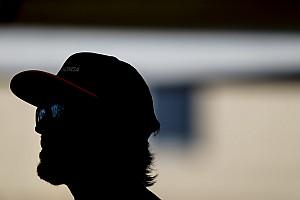 Фотофакт: Алонсо вже розпочав підготовку до наступного сезону Ф1