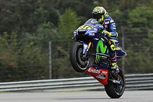 MotoGP Репортаж з практики Гран Прі Малайзії: у третій практиці Россі став найкращим, Маркес дев'ятий