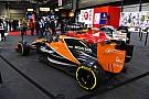 Egy nagyon látványos festés a McLaren-Renault-ról