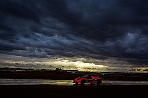 Australian GT Breaking news Dust storms cause GT race cancellation in Australia