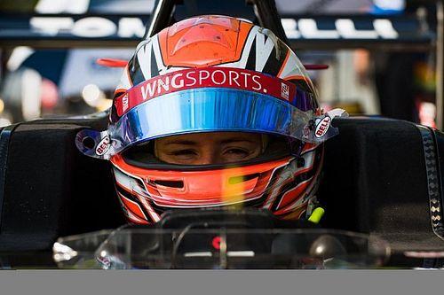 """Bruna Tomaselli: """"Espero trazer mais visibilidade e inspirar mulheres no automobilismo"""""""
