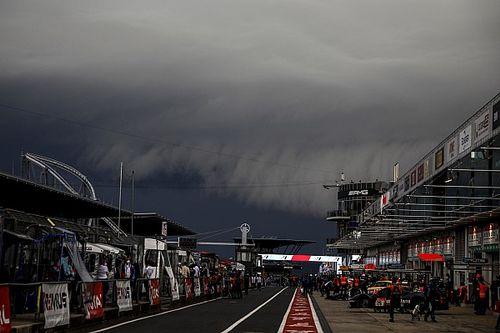 La nebbia sospende la 24h del Nürburgring