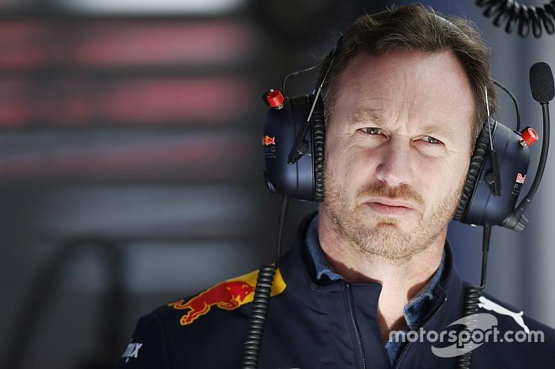 Хорнер объяснил отставание Red Bull от Mercedes