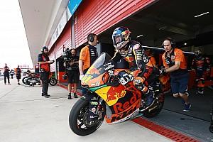 Moto2 Actualités Binder opéré avec succès à Barcelone