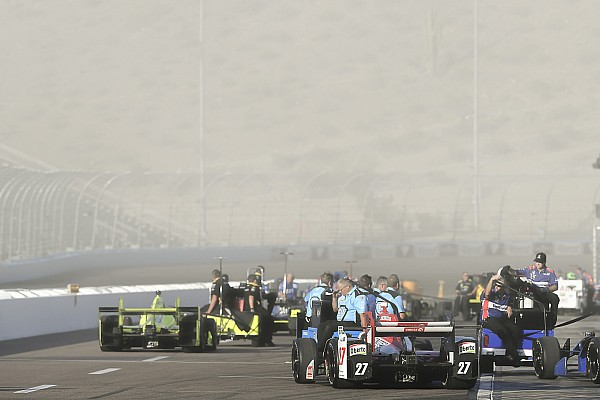 IndyCar Breaking news Strange practice conditions hurt Andretti drivers in Phoenix