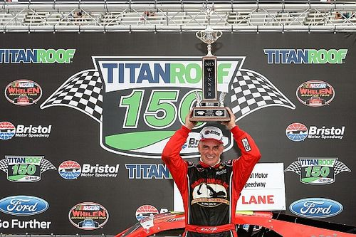 NASCAR Modified legend Stefanik killed in plane crash