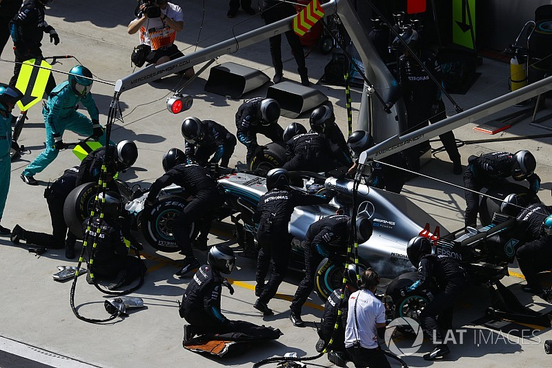 Mercedes broke own pitstop record in Chinese GP