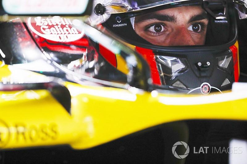 Sainz, Renault'da kalmak istiyor
