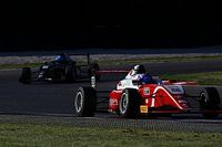 آمنة القبيسي تقدم أداءً مثيراً للإعجاب في الجولة الأولى من بطولة فورمولا 4 الإيطالية