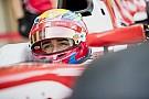 FIA F2 VIDEO: Leclerc graba con su celular a bordo del auto en prueba de F2